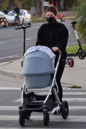 Katherine Schwarzenegger - Walk in Santa Monica 11/13/2020