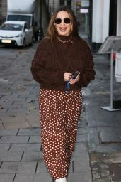 Kelly Brook - Arriving at the Heart Radio Studios in London 11/19/2020