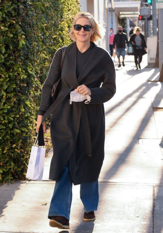 Kelly Rutherford - Out in Beverly Hills 11/10/2020