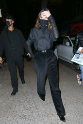 Kendall Jenner in an All-Black Outfit - NYC 11/19/2020