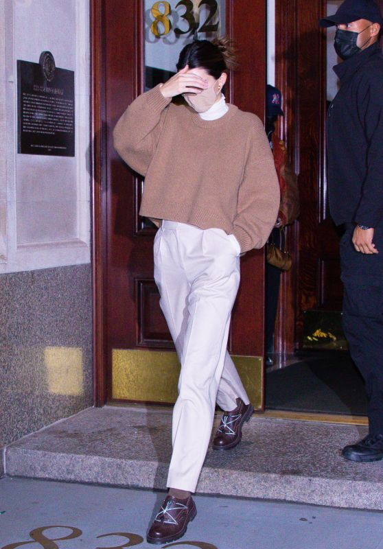 Kendall Jenner - Out in NYC 11/20/2020