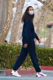 Lais Ribeiro in Casual Outfit - Out in Malibu 11/03/2020
