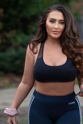 Lauren Goodger in a Crop Top and Leggings - Chigwell 11/24/2020