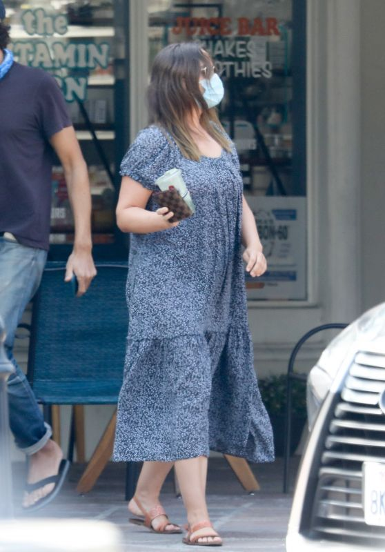 Leighton Meester - Out in Malibu 11/06/2020