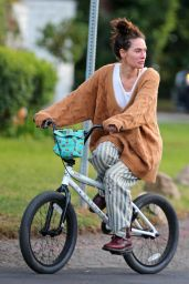 Lena Headey - Rriding a Bicycle in Los Angeles 11/15/2020