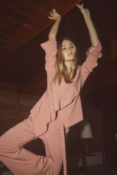 Lizzy Greene - Schön Magazine November 2020