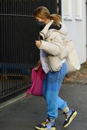 Maisie Smith - Arrive in North London for Strictly Come Dancing Rehearsals 11/26/2020