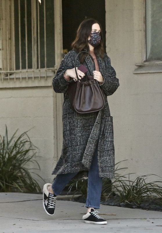 Mandy Moore - Out in LA 11/08/2020