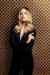 """Margot Robbie - """"Once upon a Time in Hollywood"""" Photoshoot 2020"""