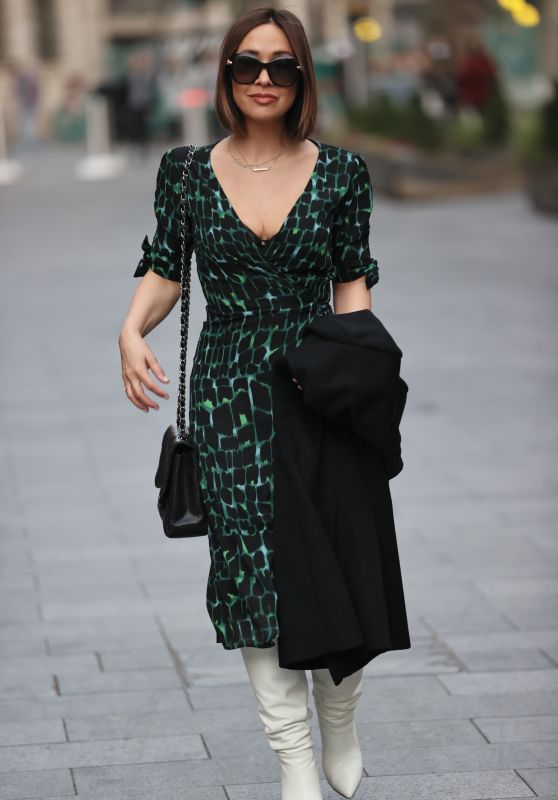 Myleene Klass in a Print Dress - London 11/07/2020
