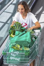Natalie Portman - Shopping in Sydney 11/16/2020