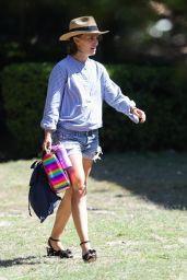 Natalie Portman Summer Street Style - Sydney 11/27/2020