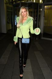 Olivia Attwood - Leaving The XYZ Bar in Manchester 11/04/2020