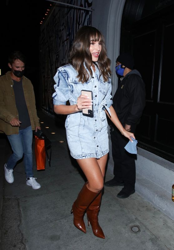 Olivia Culpo - Arrives at Craig