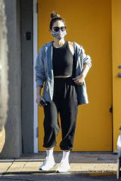 Olivia Munn in Tank Top and Cropped Sweats - Los Angeles 11/17/2020