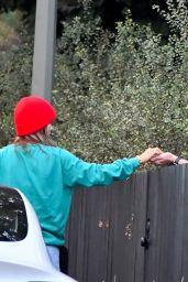 Olivia Wilde - Leaves Her House in LA 11/29/2020