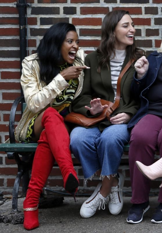 "Renee Elise Goldsberry, Sara Bareilles, Paula Pell and Busy Philipps - ""Girls5Eva"" Set in NYC 11/03/2020"