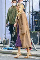"Sienna Miller - ""Anatomy of a Scandal Set in London 11/08/2020"