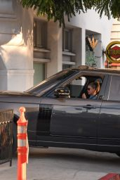Sofia Richie - Stops by Alfreds in LA 11/12/2020