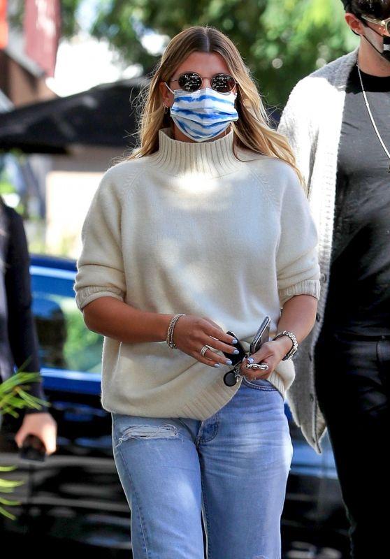Sofia Richie Street Style - Beverly Hills 11/13/2020