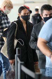 Solange Knowles - Catches a Flight Out of LA 11/22/2020