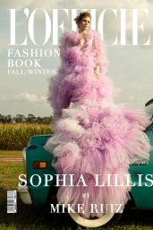 Sophia Lillis - L
