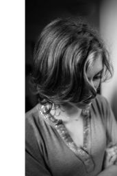 Sophia Lillis - Portraits October 2020