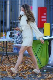 "Sutton Foster – ""Younger"" Set in Queens 11/11/2020"