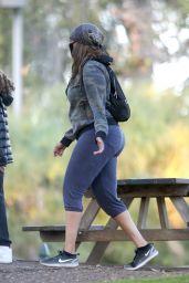 Tyra Banks - Stroll Through a Park in LA 11/24/2020