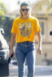 Ali Larter - Out in Pacific Palisades 09/29/2020