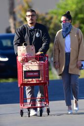 Amanda Bynes With Fiance Paul Michael - Los Angeles 12/10/2020