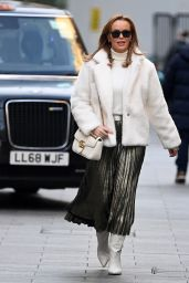 Amanda Holden Street Fashion - London 12/16/2020