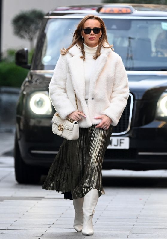 Amanda Holden Street Fashion - London 12/16/2020