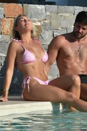 Amber Turner - Relax by the Pool in Turkey 12/11/2020