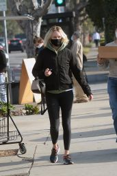 Amber Valletta - Out in Los Angeles 12/16/2020