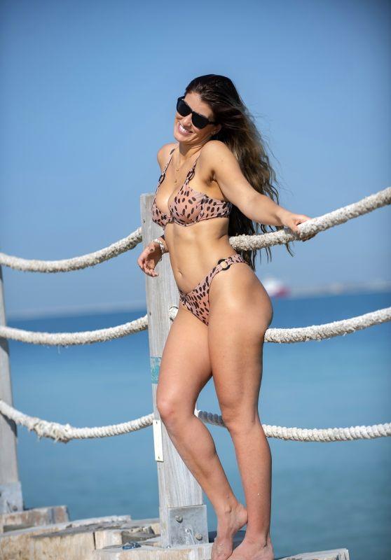 Amy Willerton in a Bikini - Dubai 11/30/2020