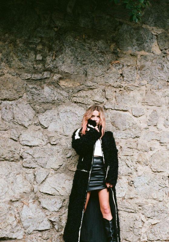 Ashley Benson – Photoshoot 2020 (+2)