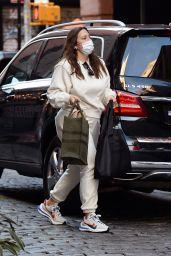 Ashley Graham - Arriving at her New York City Hotel 10/20/2020