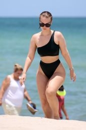 Bianca Elouise in Chanel Swimsuit - Miami July 2019