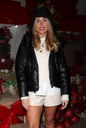 """Chloe Meadows at """"The Only Way is Essex"""" Christmas TV Show Set 12/02/2020"""