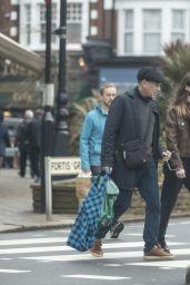Daisy Edgar-Jones - Christmas Shopping in London 12/22/2020