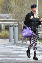 Denise Van Outen - Leaving Dancing on Ice Rehearsals in Essex 12/10/2020