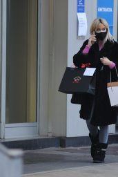 Diletta Leotta - Shopping for Christmas in Milan 12/17/2020