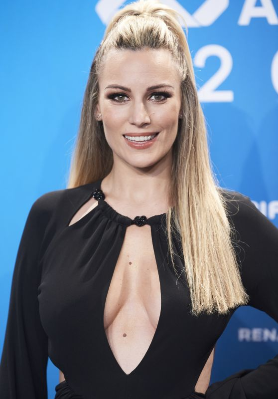 Edurne Garcia Almagro - Los 40 Music Awards Photocall in Madrid 12/05/2020