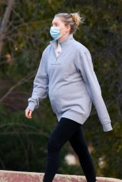 Elsa Hosk - Hiking in Los Angeles 12/27/2020