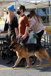 Emma Slater and Sasha Farber at the Market in LA 12/13/2020