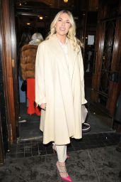 "Frankie Essex - ""A Christmas Carol"" Press Night in London"