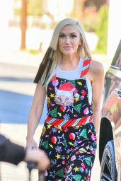 Gwen Stefani in Cat Themed Christmas Romper - Santa Monica 12/09/2020