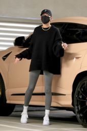 Hailey Rhode Bieber at Medical Building in Westwood 12/17/2020