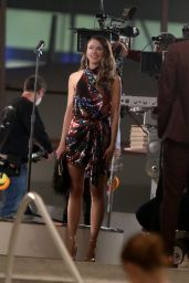 """Hilary Duff, Sutton Foster and Laura Benanti - """"Younger"""" Set in Queens 12/14/2020"""
